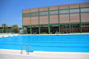 La piscina abre ma ana con la vista puesta en la for Piscinas desmontables ontinyent